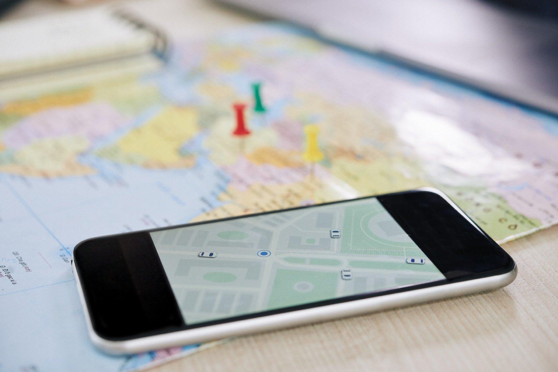 closeup-of-smartphone-with-gps-application-LLHJBM9