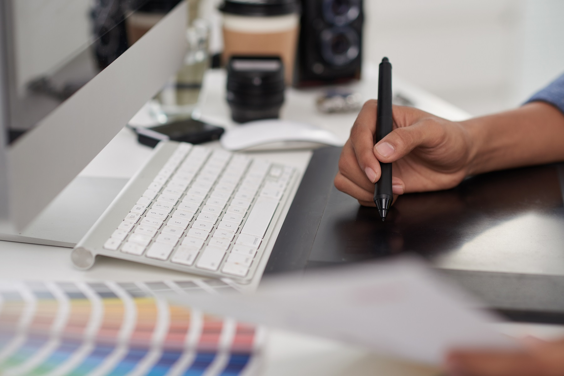 designer customising options with software and hardware